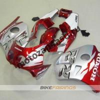 Комплект Мотопластика Honda CBR250 MC22 Красно-Серебристый.