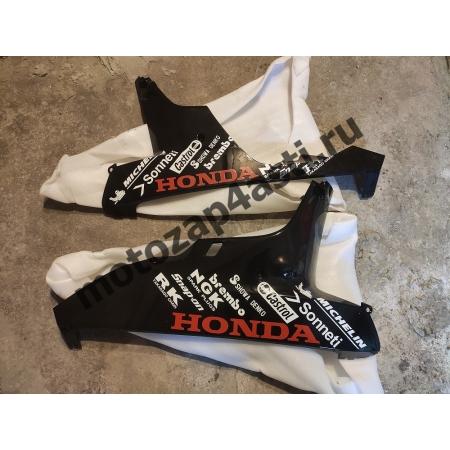 Плуг Honda CBR1000rr 2006-2007 правый и левый Черного цвета Honda №1