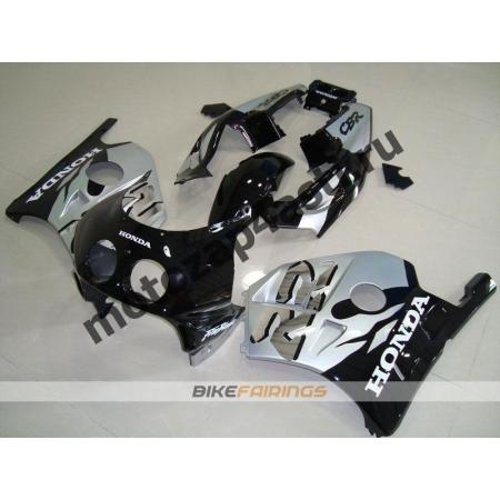 Комплект Мотопластика Honda CBR250 MC22 Черно-Серебристый.