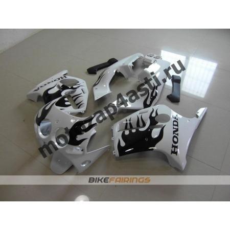 Комплект Мотопластика Honda CBR250 MC19 Белый с черным огнем.